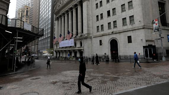 Stock futures open flat after Dow hits record