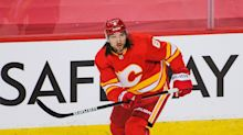 Calgary Flames' Chris Tanev Proving to Be a Steady Presence on Back End