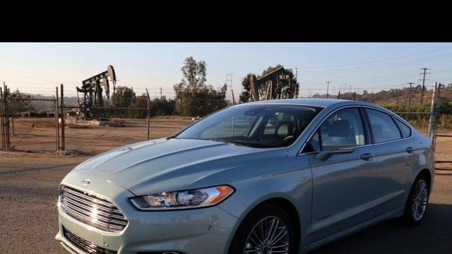 2013 Ford Fusion Hybrid and Energi Overview