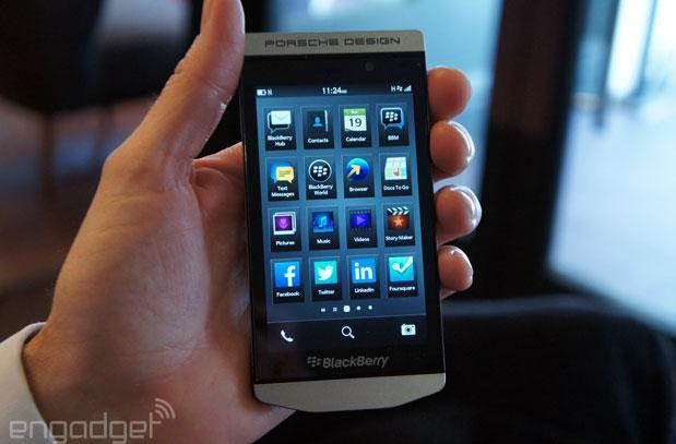 BlackBerry's latest software update turns smartphones into radios