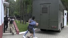 Moscow demands that Belarus free 33 detained Russians