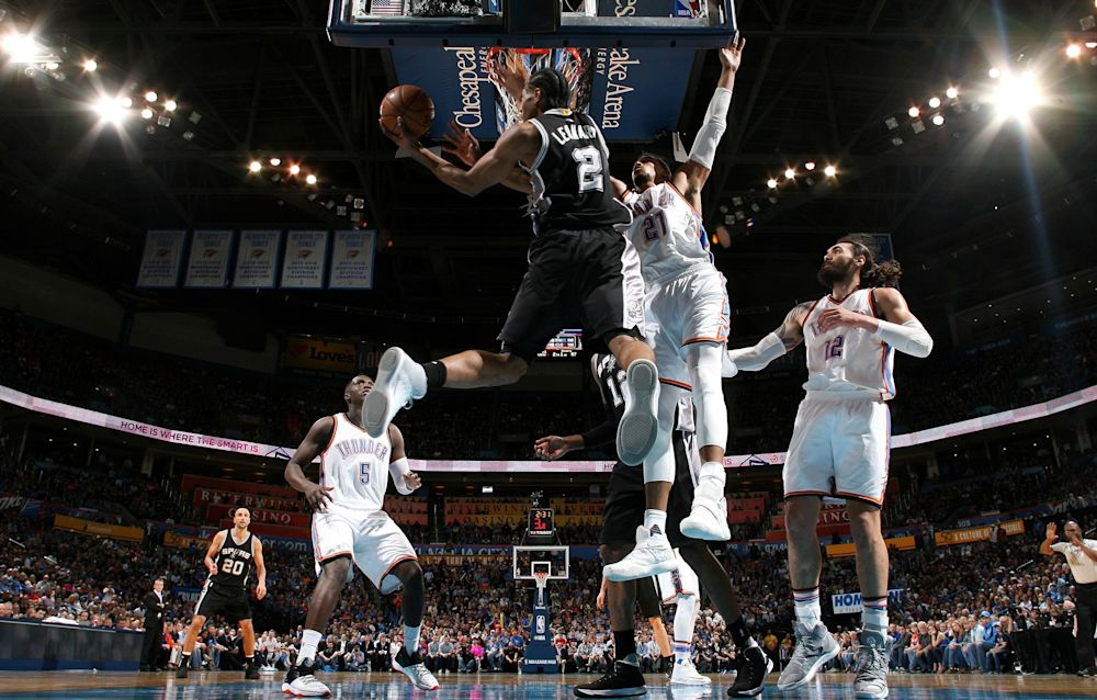 VIDEO - NBA: les Spurs renversent Westbrook et son 39e triple-double