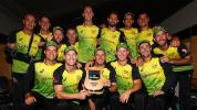 Australia beat New Zealand in rain-affected Tri-Series final