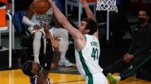 Basket - NBA - Boston arrache le classique sur le parquet des LA Lakers, Phoenix intouchable contre Sacramento