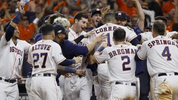 Correa's homer in 11th evens ALCS for Astros