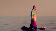 "Kesha's New Video ""Praying"" Is Filled with Enviable Beauty Looks"
