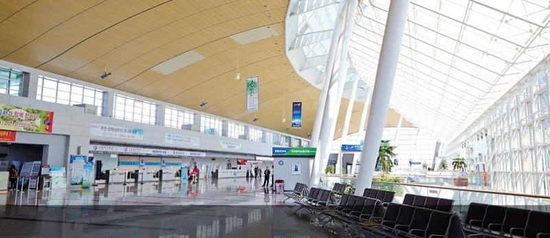 務安國際機場.JPG