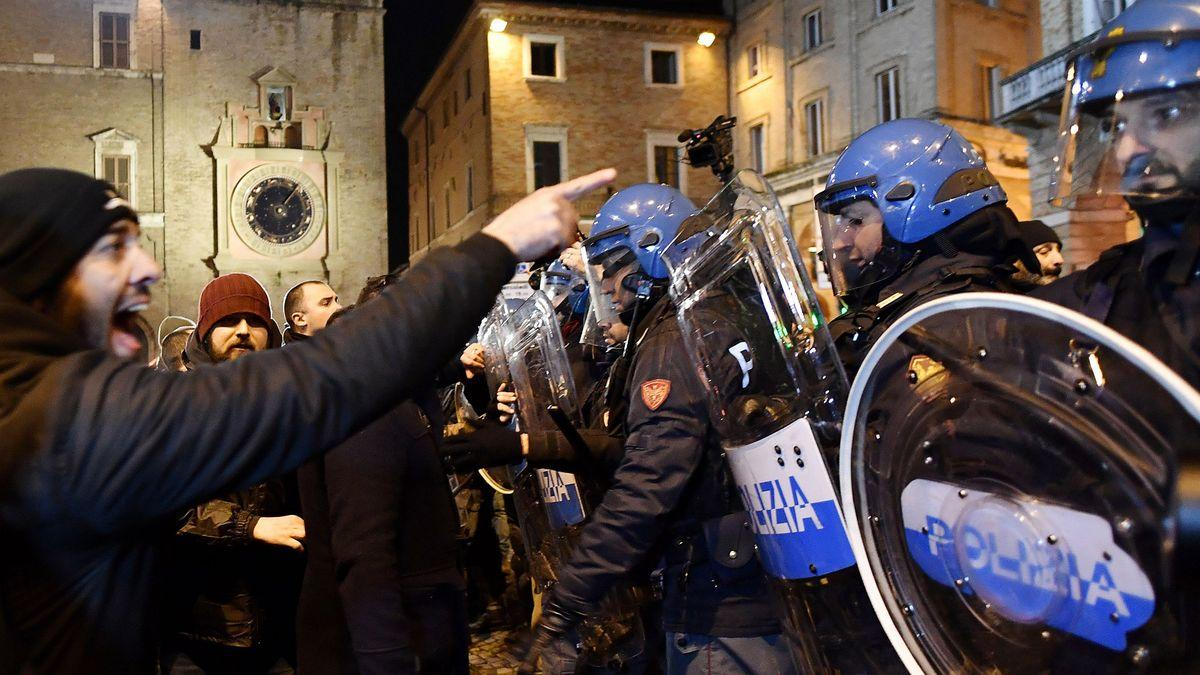 Riots Flop as Italy's Far-Right Takes Election Fight to Facebook