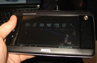 BenQ's MID gets official-er, can be shaken like a martini