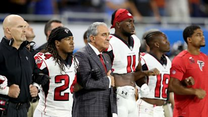 NFL owners stand with players against Trump