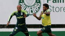 Felipe Melo elogia zaga e cobra gols do ataque do Palmeiras