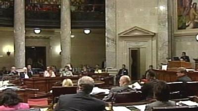 Wis. Senate Approves Budget