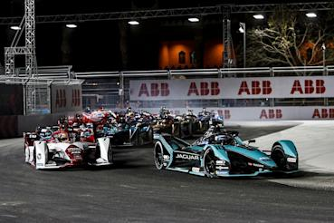 Jaguar Racing車手Sam Bird喜迎轉戰英國廠隊首冠!