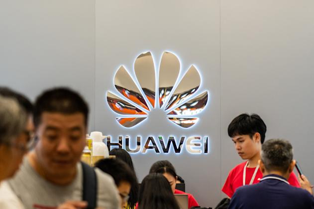 China arrested former Huawei staff for talking about Iran deal online