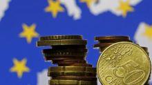 Euro sube tras datos PMI; dólar australiano cae
