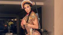 Gracyanne Barbosa rouba a cena ao aparecer vestida de cangaceira