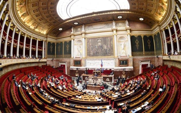 """Climat: les menus végétariens dans les cantines """"déchaînent les passions"""" à l'Assemblée"""