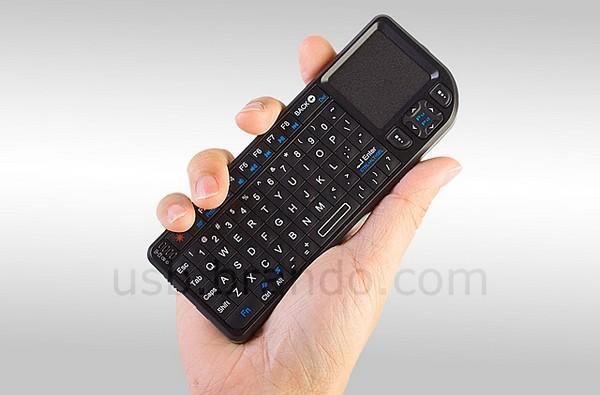 Rii Mini Wireless Keyboard is perfect for your HTPC, not your Wii (video)