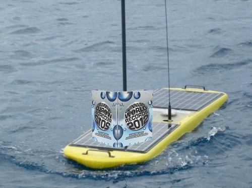 Swimming robots break wave-powered distance record, don't even stop for high-fives