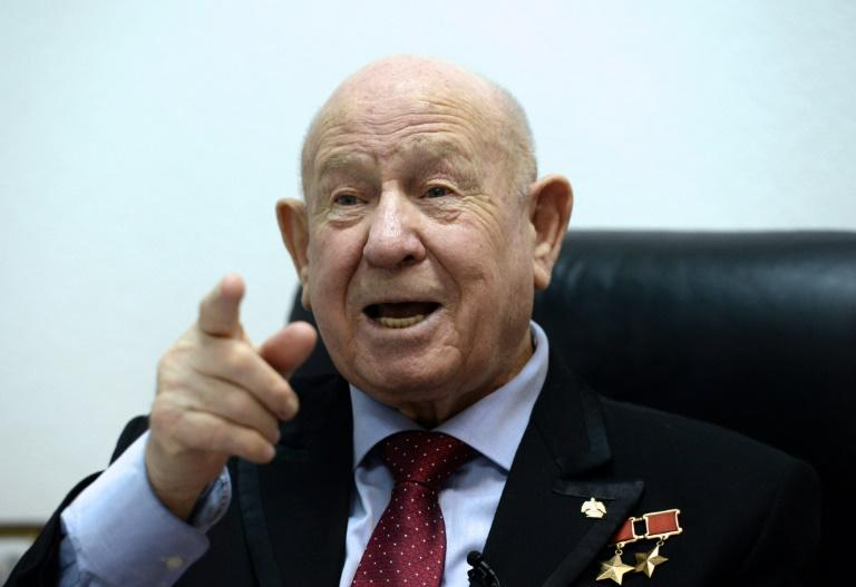 Alexei Leonov, 1st human to walk in space, dies in Moscow
