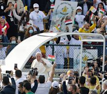 Pope Francis draws adoring crowds in war-weary Iraq, asks Christians to forgive Islamic State oppression