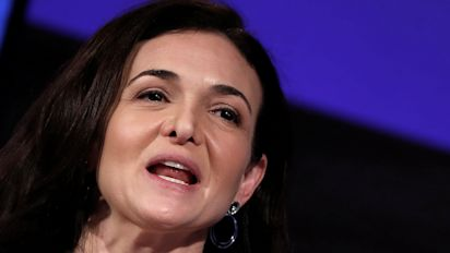 Facebook COO Sheryl Sandberg apologizes for scandal