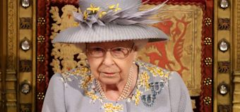 Queen shuns tradition in 1st ceremony after Philip's death