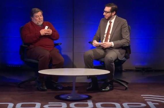 The Engadget Show: Steve Wozniak's white iPhone (video)