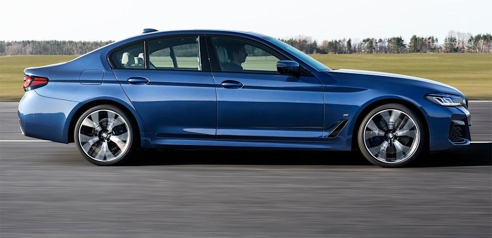 iPhone12也能開鎖!?Apple CarKey超科技!BMW 530i M Sport首發版