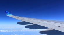 中國將開放飛機上使用電子產品,一起看看各國的規定