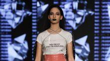 Plastik-Fashion: Zeit, diesen absurden Trend zu beenden