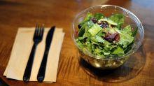 Salat ist gesund? Ja, aber nicht aus der Plastikschale!