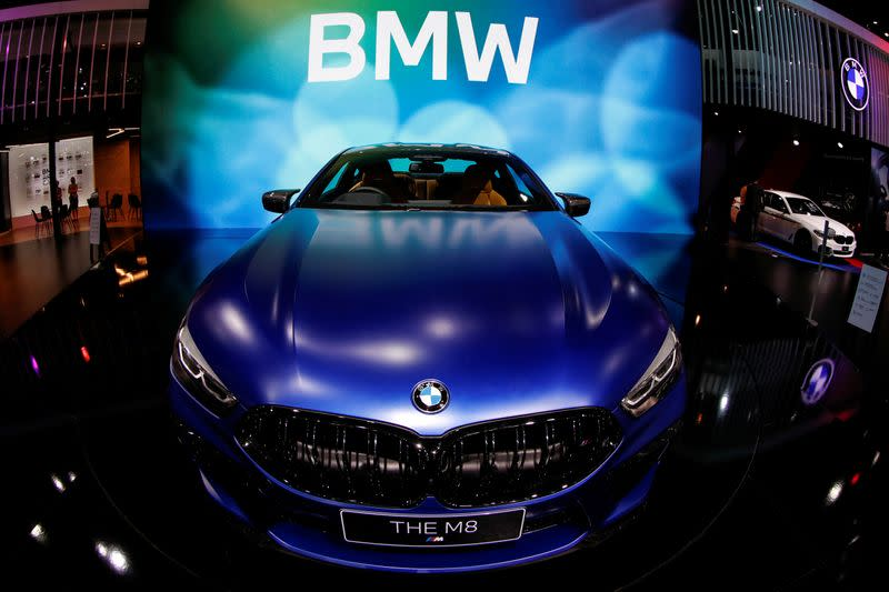 BMW loses almost $800 million as sales slide during lockdowns