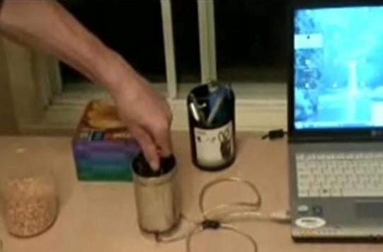 DIY USB Popcorn Maker: pops corn, explodes your mind