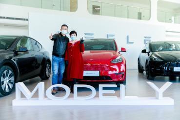 Model Y 中國開始交車!年銷上看 24 萬輛,可望取代 Model 3 成為屠榜新星