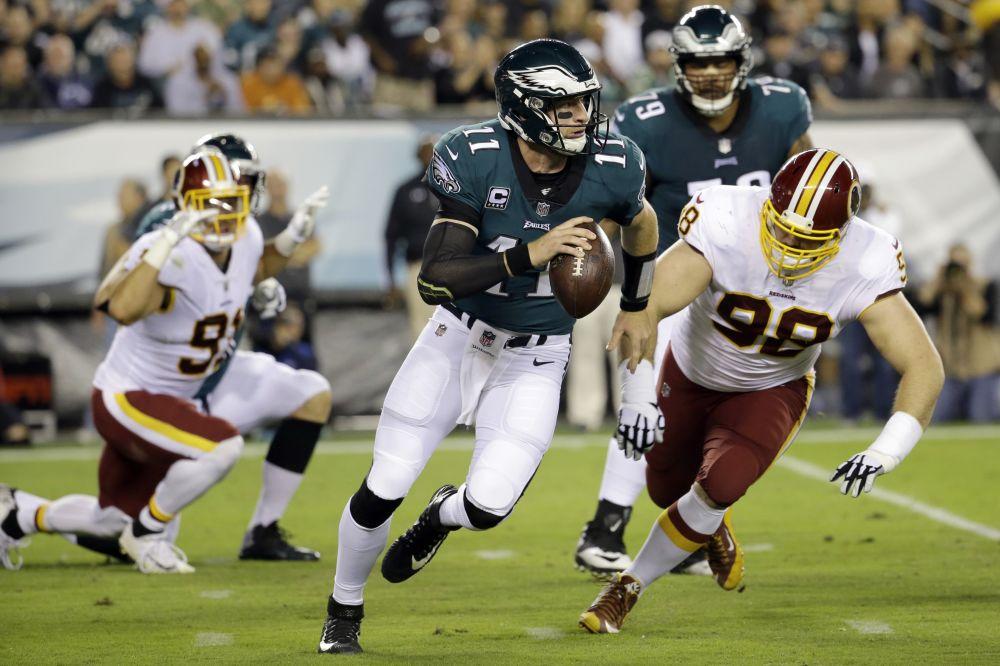 Philadelphia Eagles quarterback Carson Wentz had a great game on Monday night against Washington. (AP)