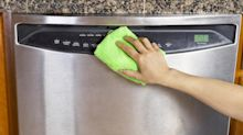 No more fingerprints! How to easily clean stainless steel appliances at home