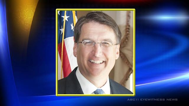 McCrory attends 1st NC employee King service