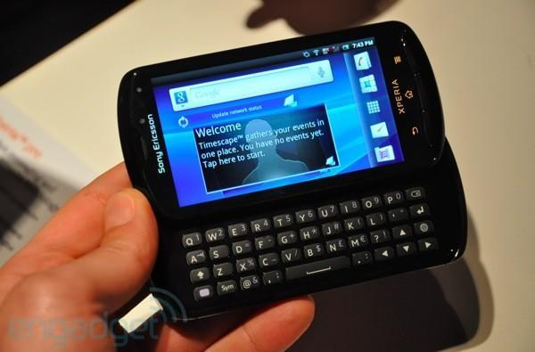 Sony Ericsson Xperia Pro first hands-on! (updated with video)