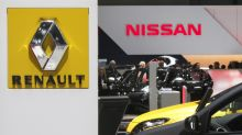 Carlos Ghosn Wants a Full-Fledged Renault-Nissan Union