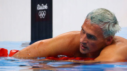 Lochte signs new endorsement deal, legal woes persist in Brazil