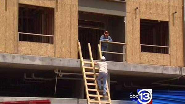City of Houston running low on construction workers