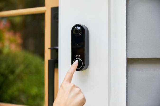 Arlo wireless Essential Video Doorbell