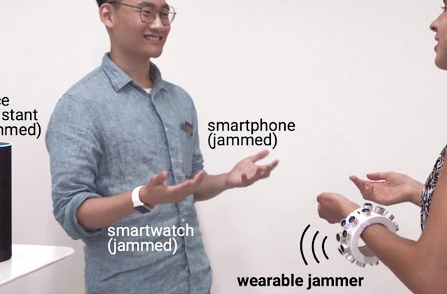 Ultrasonic bracelet jams the microphones around you