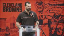 Joe Thomas cracks jokes at Cleveland Browns' expense during retirement press conference