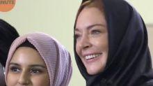Lindsay Lohan porte le voile, mais divise la toile