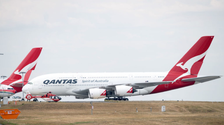 Qantas ordered to back-pay millions after short-changing staff on JobKeeper