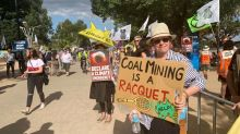Fires and climate fears rattle Australia's giant coal lobby