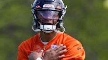 Justin Fields 'doing everything' he can to earn starting QB job with Bears