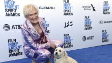 Glenn Close's dog Pip steals the show at the Independent Spirit Awards